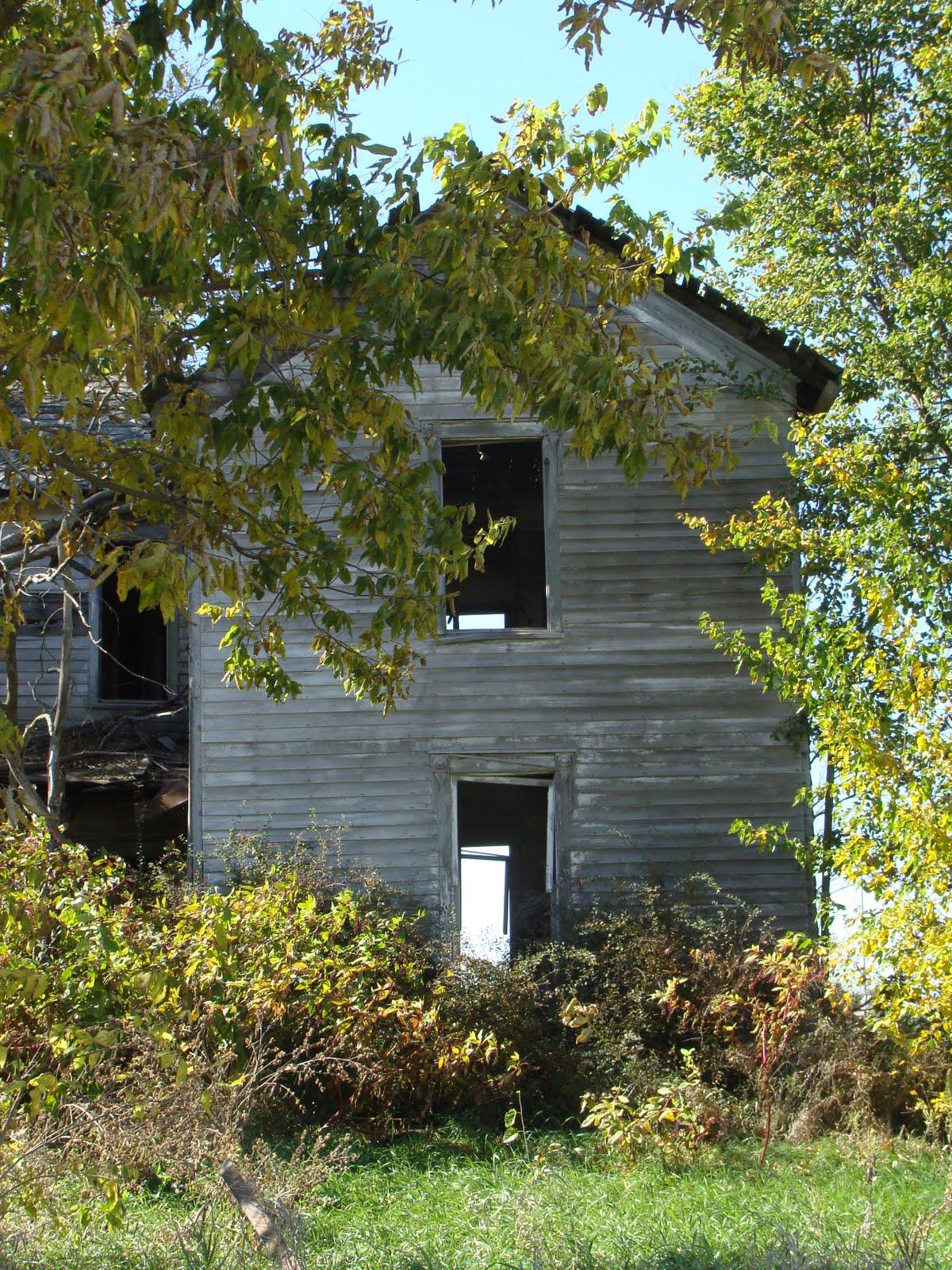 abandoned house pleasantview road washington township illinois