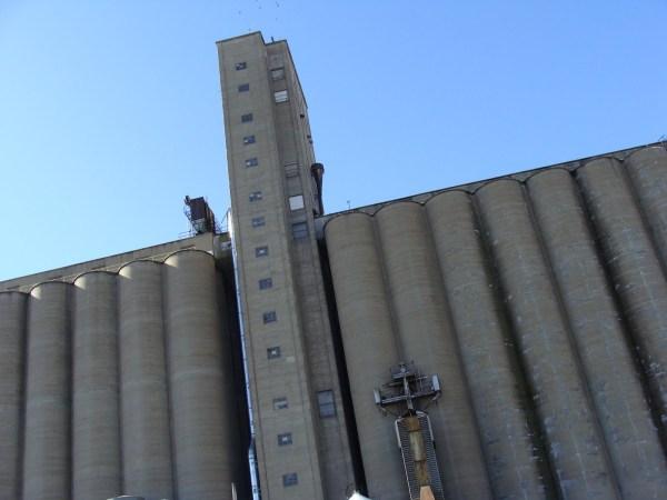 Grain Elevator, Midtown