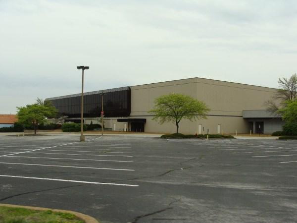 Sears, Northwest Plaza